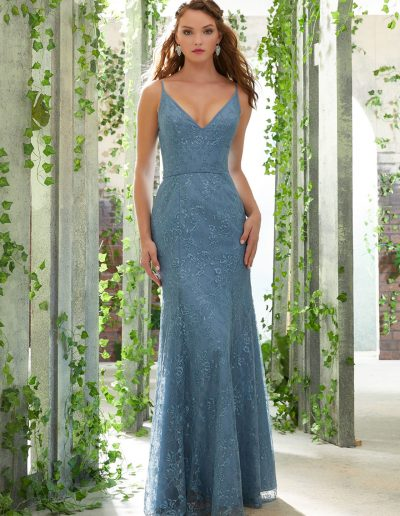 Chantilly Lace Bridesmaid Dress with Deep-V Neckline