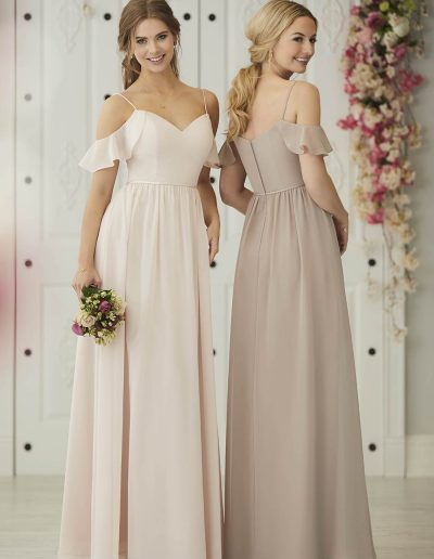 Chiffon gown with weetheart neckline and off the shoulder cascade
